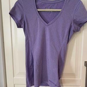 - XS Under Armour Tee